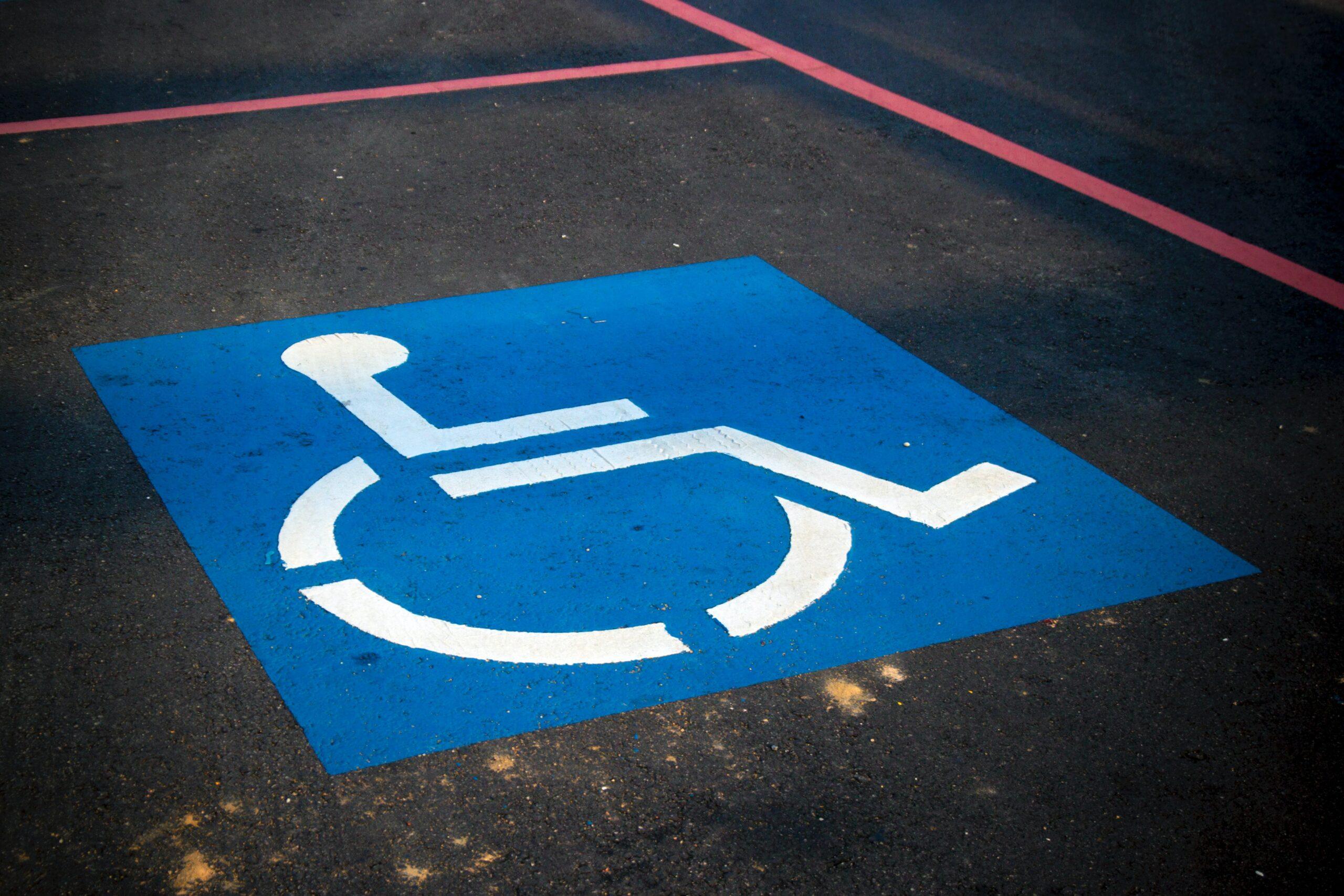 Samochody autonomiczne szansą dla osób niepełnosprawnych